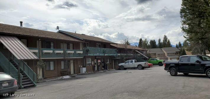 Radium Hot Springs 27 Unit Motel