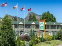 50 + Unit Okanagan Motel