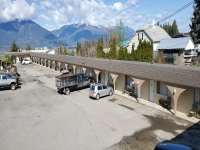 51 Unit Kootenay Motel